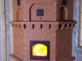 Угловая печь с фигурным кирпичом