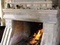 Открытый камин в Греческом стиле