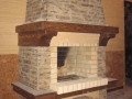 Камин с деревянной полкой