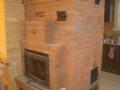 Массивная каминопечь в загородный дом