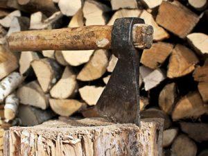 дрова под топором